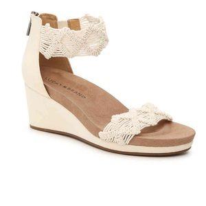 NWOT Lucky Brand Kaydyn Crochet Wedge Sandal